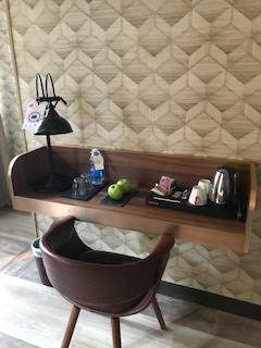 Petit bureau de la suite Montesquieu