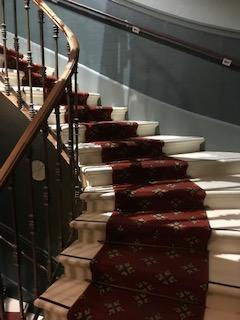 L'escalier a conservé sa superbe