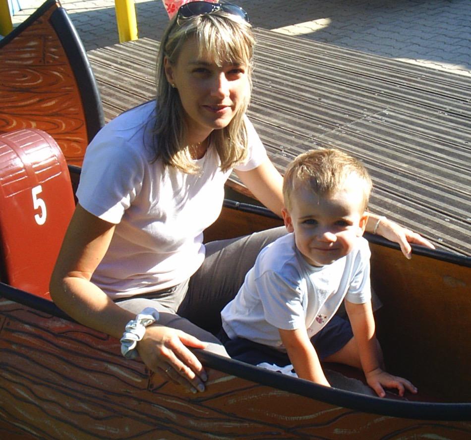 Loulou 3 ans avec maman