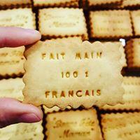 Biscuit fait main avec Amour et de qualité