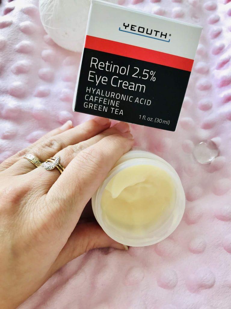 Texture crème contour des yeux