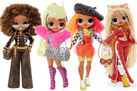 Quelques exemples de poupées LOL.