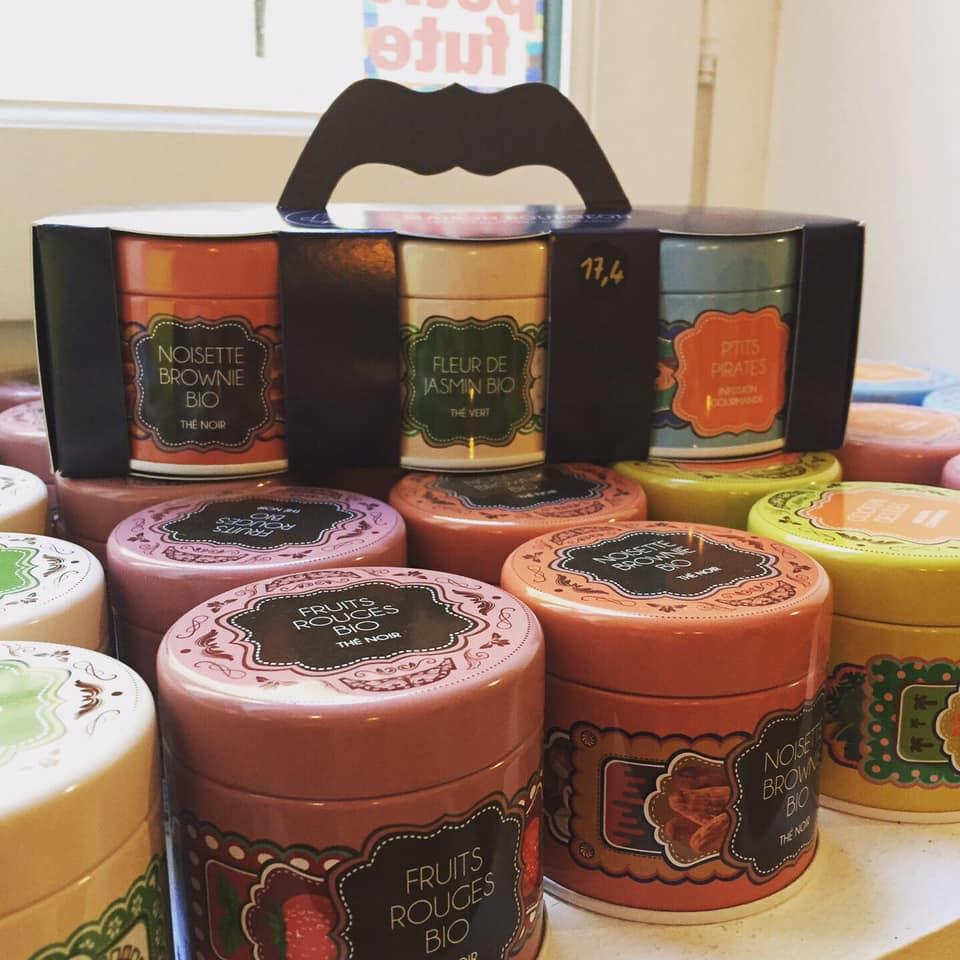 Idée cadeau : de jolies boites de thés de la Maison Bourgeon.