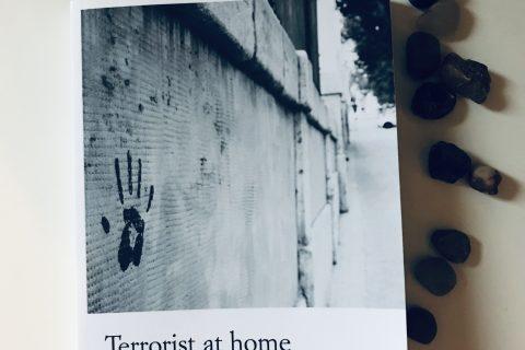 Livre Terrorist at home de Victoria Bell
