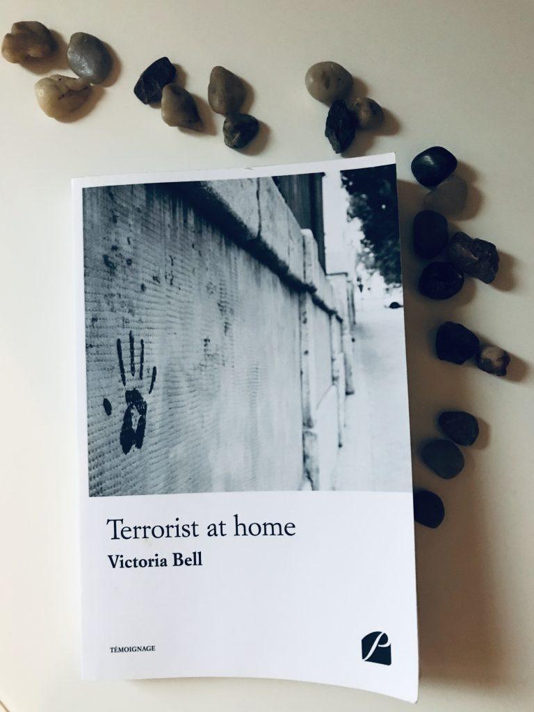 Le livre Terrorist at home de Victoria Bell.