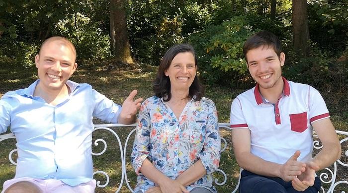 Caroline, Cédric et Sébastien BRON, auteurs du livre Olivier, de l'épreuve à l'envol.